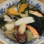 お食事処 十府ヶ浦 - 海鮮ラーメン