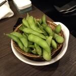 炭火串焼 鶏次 - 枝豆