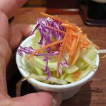 博多 一風堂 COLLECTION. MISO - トッピングの野菜、別皿で、80円。