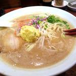 博多 一風堂 COLLECTION. MISO - 味噌白丸、930円。