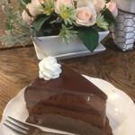 le bonbon et chocolate (ボンボン・ショコラ) - ザッハトルテ(イートイン490円)(2020.02.現在)