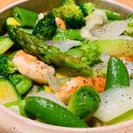 千真野 - 天使の海老と春野菜、岩手産ジャガイモのアヒージョ風