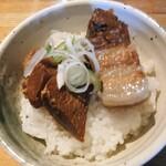 126368496 - 豚角煮ごはん 平日価格200円                       (土、祝 320円)