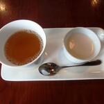 126379853 - ホットウーロン茶、パンナコッタ