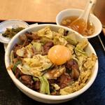 新川大勝軒飯店 - レバー野菜丼