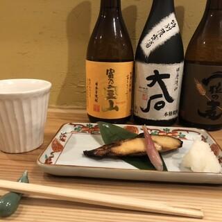 天ぷらの盛り合わせで、その時季の旬をたっぷりと