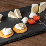 ベイビーチャップリン - チーズ五種盛り