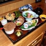 仙石 - 料理写真:こちらは4月の会席料理(3,000円)になります。