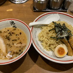 126403969 - 東京豚骨つけ麺。