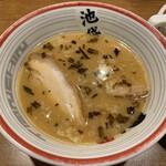 126403971 - 東京豚骨つけ麺のつけ汁。