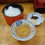 益元 - 塩辛とご飯