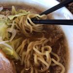 麺処 蓮海 - 麺はやや太め