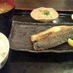 東京厨房 - 塩サバ定食