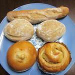 12644455 - 天然酵母パン