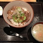12644699 - とんテキアボカド丼セット1180円(大盛無料)+サラダ+豚汁+小豆腐