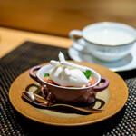 しまなみふれんち Murakami - イタリア産ピスタチオのフラン、 ホワイトチョコレートのムース、 イチゴ、 フランボワーズのソース、 ココナッツのアイス、 メレンゲ