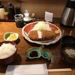 Buta inagaki - 白金豚 リブロースかつ定食 2600円