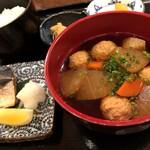 別亭 神田新八 - 塩鳥団子汁と焼魚定食