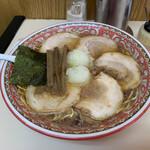 126463686 - ロース肉チャーシュー麺・大、ネギ増し、麺固め。