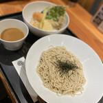 ISOGAMI FRY BAR - 野菜天丼と豆乳ざるそば