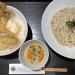 ISOGAMI FRY BAR - 天丼とピリ辛胡麻豆乳ざるそば