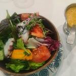 ボン ガルフォ - 真タコと完熟トマトのサラダ