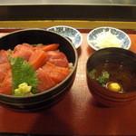 Yanagiyahonten - 赤だしと香の物がついて全体はこんな感じ。
