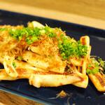 日若屋 - イカのバター胡椒炒め