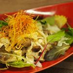 日若屋 - きのこ豆腐サラダ