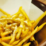 日若屋 - フライドポテト(チーズソース/塩/バーベーキュー)