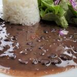 Mojito Terrace Lounge AHINAMA - アロス・コン・フリホーレス(黒インゲン豆のシチュー)アップアロス・コン・フリホーレス(黒インゲン豆のシチュー)