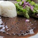Mojito Terrace Lounge AHINAMA - アロス・コン・フリホーレス(黒インゲン豆のシチュー)アップ