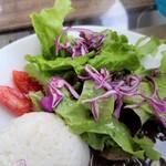 Mojito Terrace Lounge AHINAMA - サラダ