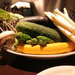 バンブー - イタリアン野菜たっぷりのお料理をご堪能くださいませ。健康面に配慮した厳選素材を毎日取り揃えています。