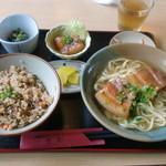 八重善 - 三枚肉そばセット(大 730円)