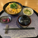 あい鶏 - 炙り親子丼定食 780円