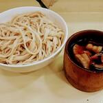 武蔵野 伝統の味 涼太郎 - 肉汁つけめん(L)です
