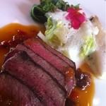 レストランゼルコバ - 牛肉のグリル
