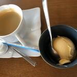 和の台所 鉄心堂 - 和膳に付くアイス