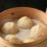 天香回味 - 料理写真:【米澤豚一番育ち小龍包】絶品です!