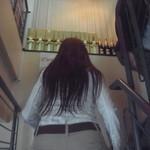 12654051 - 階段で2Fへ