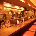 船場女将小路 - 【ジャイアントカレー】カウンターのみの店内なのでサク飲み・さっとランチにぴったり!