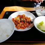回頭 - 鶏肉と野菜の辛味噌炒め定食