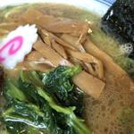 麺彩房 - 青菜お浸し、メンマ