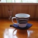 珈琲まめ坊 - 片平ブレンドを有田焼の器で