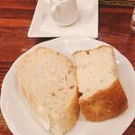 Romanogotanda - おかわり自由のランチパン