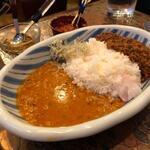 ブラン亭 - ブラン亭2種カレーセット(しらす+キーマ)