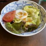 洋食屋満里奈 - 日替わりランチのサラダ