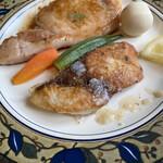 洋食屋満里奈 - 日替わりランチのポークジンジャーとブリの塩麹