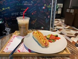 Q cafe - ランチセット(ホットドッグ)